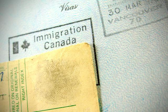 支付宝悄悄推出的芝麻签证报告,是个用750+信用分充当财力证明的新技能